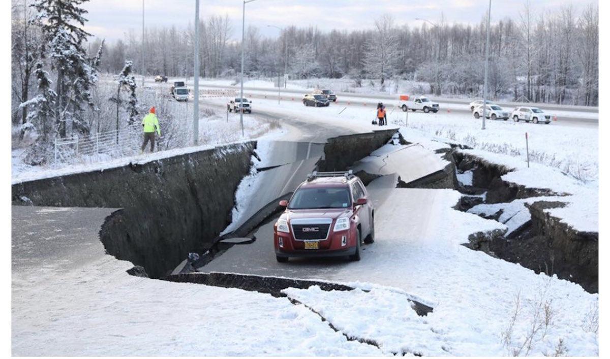 Video Imágenes Terremoto Alaska Sismo Fotos