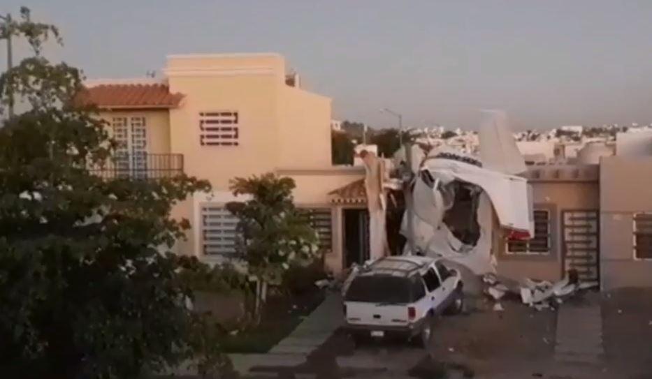 Desplome de avioneta deja cuatro muertos en Culiacán