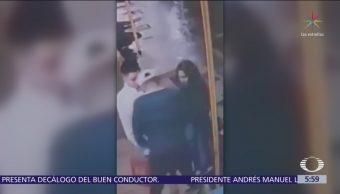 Delincuentes asaltan a una pareja en calles de Iztacalco, CDMX