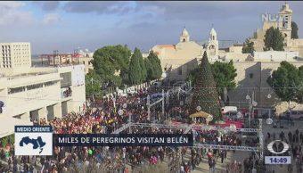 Fieles celebran la Navidad en Belén