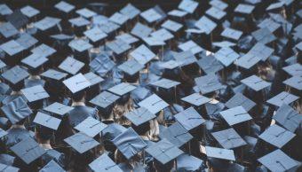 Mitad de desempleados México cursaron prepa o universidad