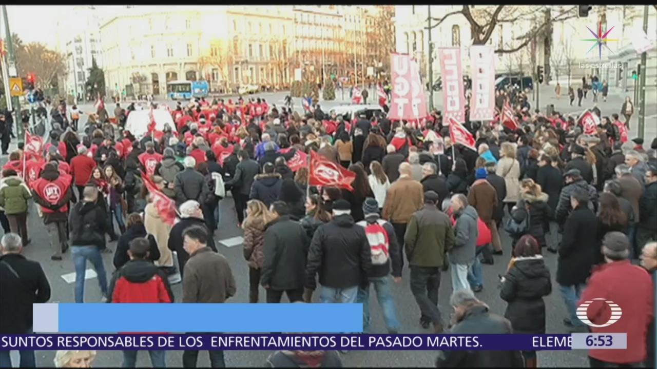 Periodistas de España protestan por decomiso de computadoras y celulares