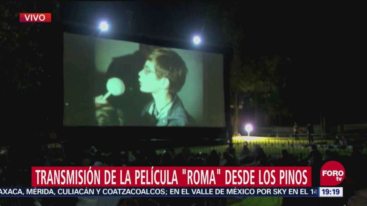 Retrasan 30 minutos proyección de Roma en Los Pinos