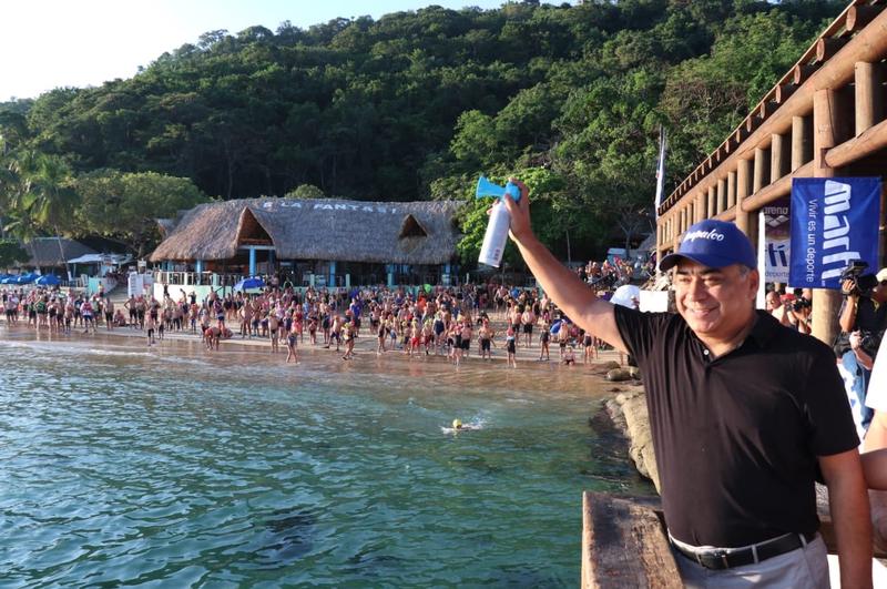 nadadores maraton aguas abiertas acapulco deportes