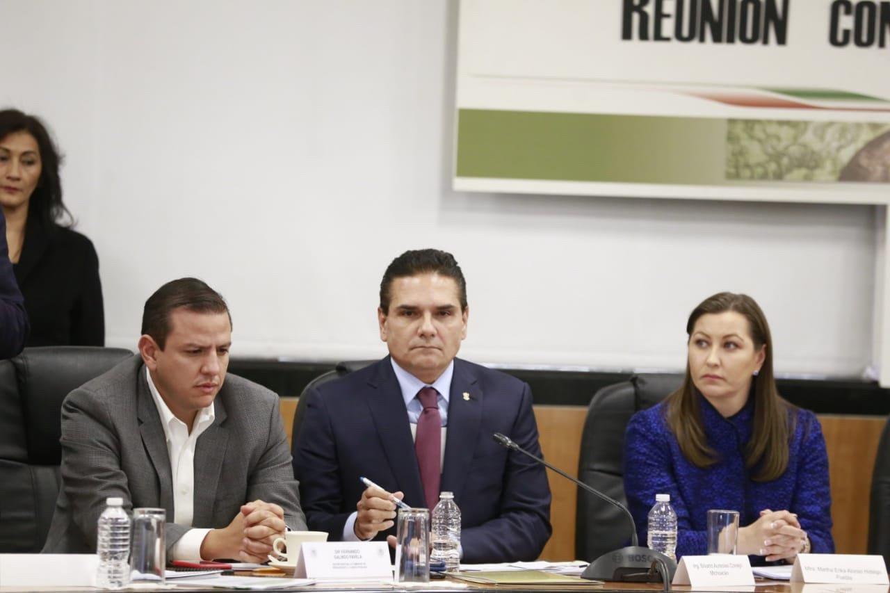 Gobernadores enfrentan a diputados por Presupuesto 2019