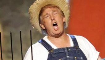 Trump comparte vídeo disfrazado de granjero para anunciar ley agrícola
