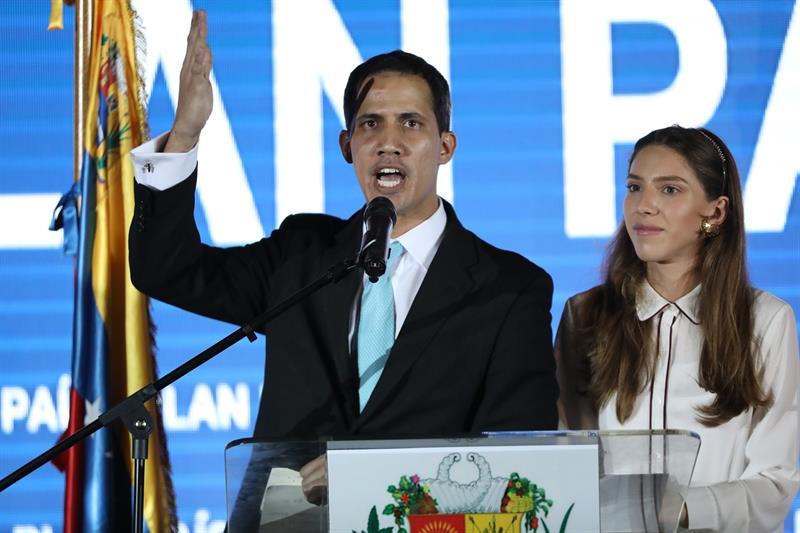 foto juan guaido presidente interiono vebnezuela, 3 febrero 2019