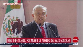 AMLO pide minuto de silencio por muerte del padre de Alfredo del Mazo