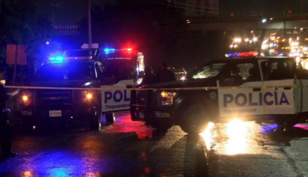 Asesinan a hombre en parada de camión en Tlaquepaque