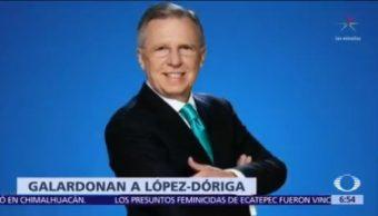 Joaquín López-Dóriga recibe premio Rey de España