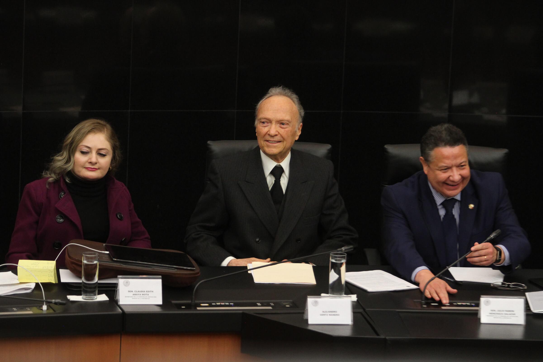 Morena apoya Gertz Manero fiscal General de la República