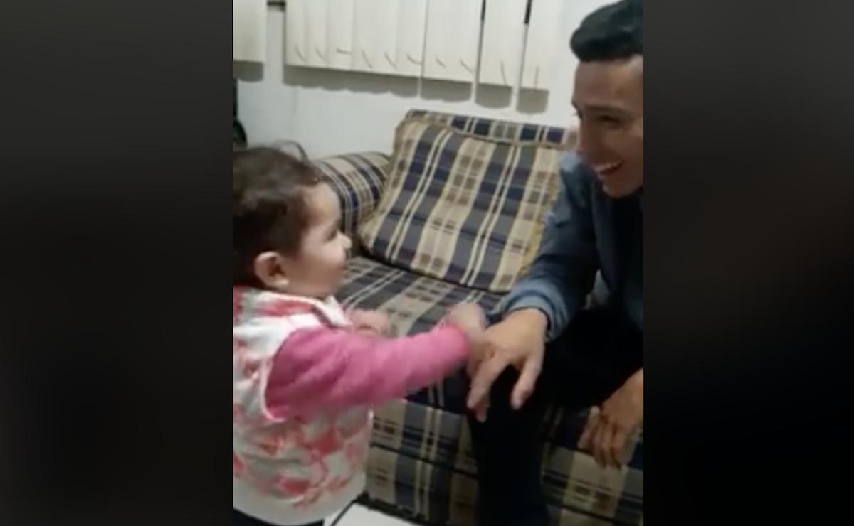 Conversación Padre Sordo Hija Video Señas