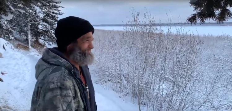 Soldado ruso vive como ermitaño en Siberia por 28 años
