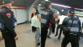 Foto Video Policías ambulantes enfrentan Metro Mixcoac 24 de enero 2019
