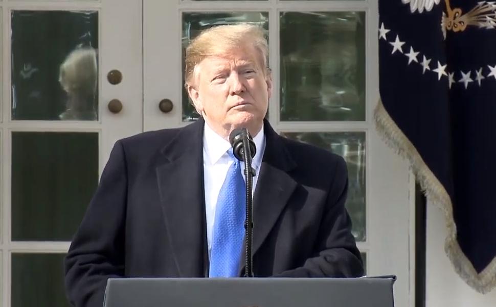 "FOTO Trump: ""Voy a firmar emergencia nacional"" para construir muro 15 febrero 2019 washington"