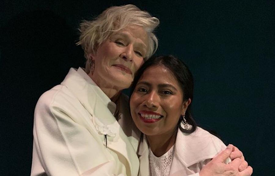 Foto Glenn Close alaba trabajo Yalitza Aparicio Roma 25 febrero 2019
