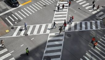 Instalan primer cruce peatonal diagonal de la CDMX