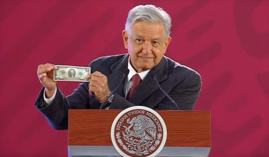 Foto Por qué AMLO siempre carga billete de 2 dólares 12 febrero 2019