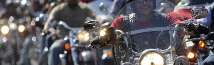 Foto: Fomentan uso de caso para motociclistas en Chilpancingo, 18 de febrero 2019. Twitter @Notimex