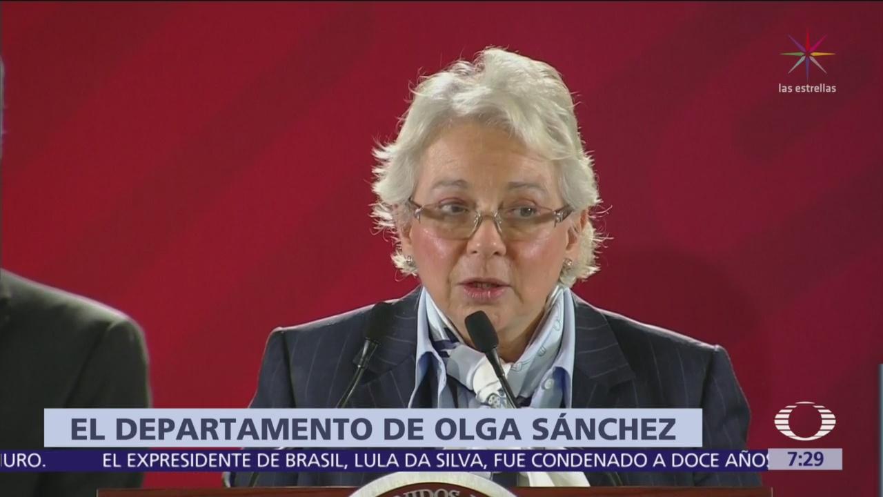 'Reforma' publicó datos reales sobre penthouse de Sánchez Cordero, dice Loret