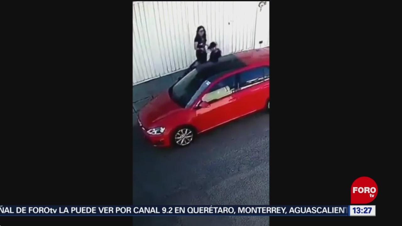 Roban autos en segundos en Puebla