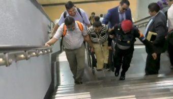 Usuarios del Metro, afectados por suspensión de escaleras eléctricas de la L7