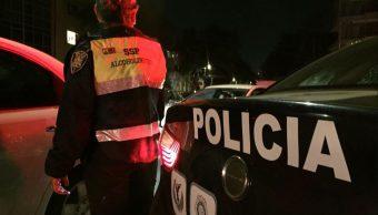 Imagen: Un grupo de personas agreden a policías en alcoholímetro en Iztapalapa, el 31 de marzo de 2019 (Conduce sin alcohol)