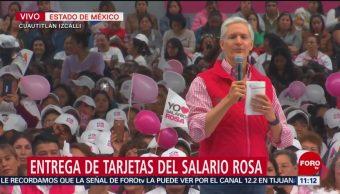 Alfredo del Mazo encabeza la entrega de las tarjetas del salario rosa