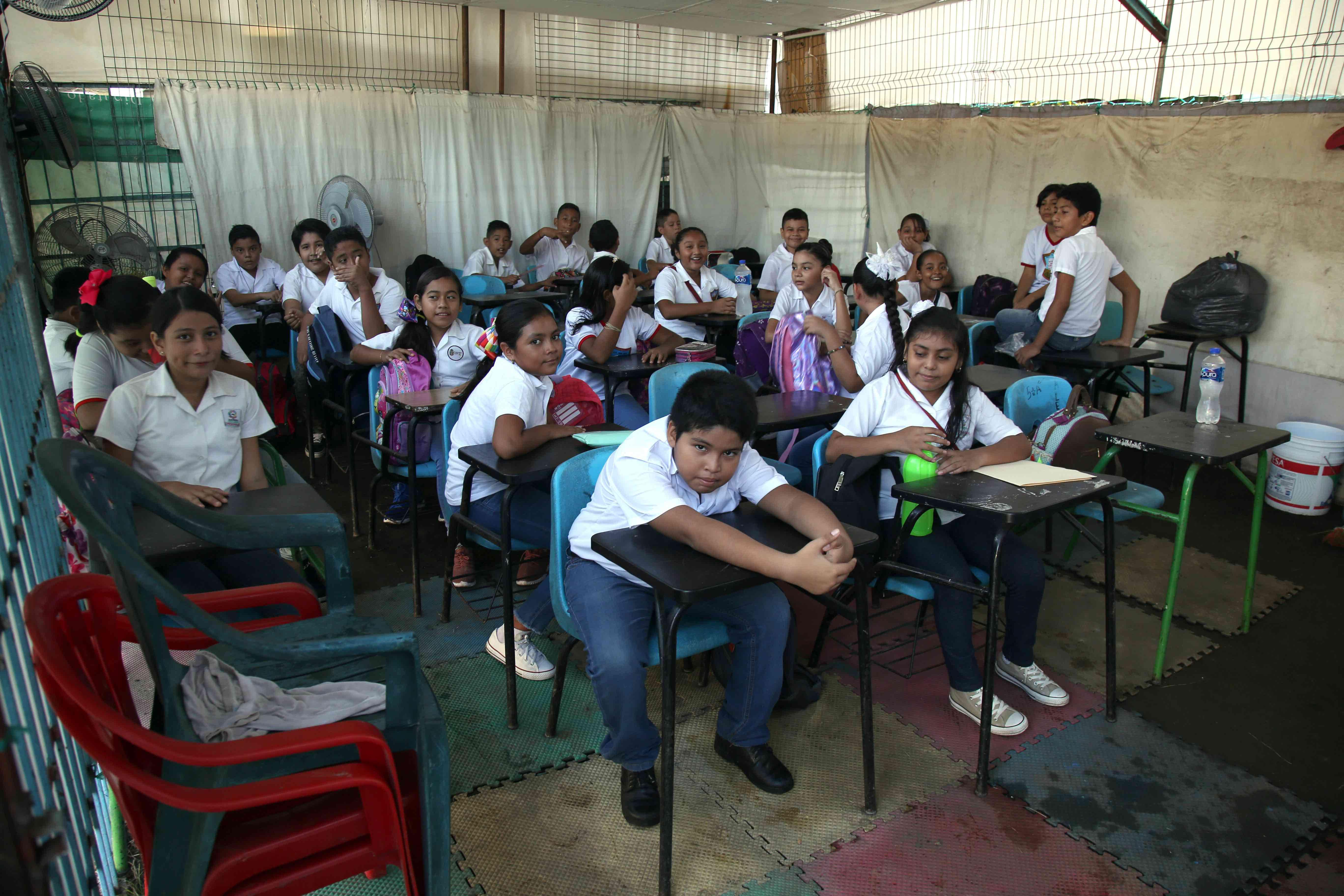 escuela-pobreza-mexico-guerrera