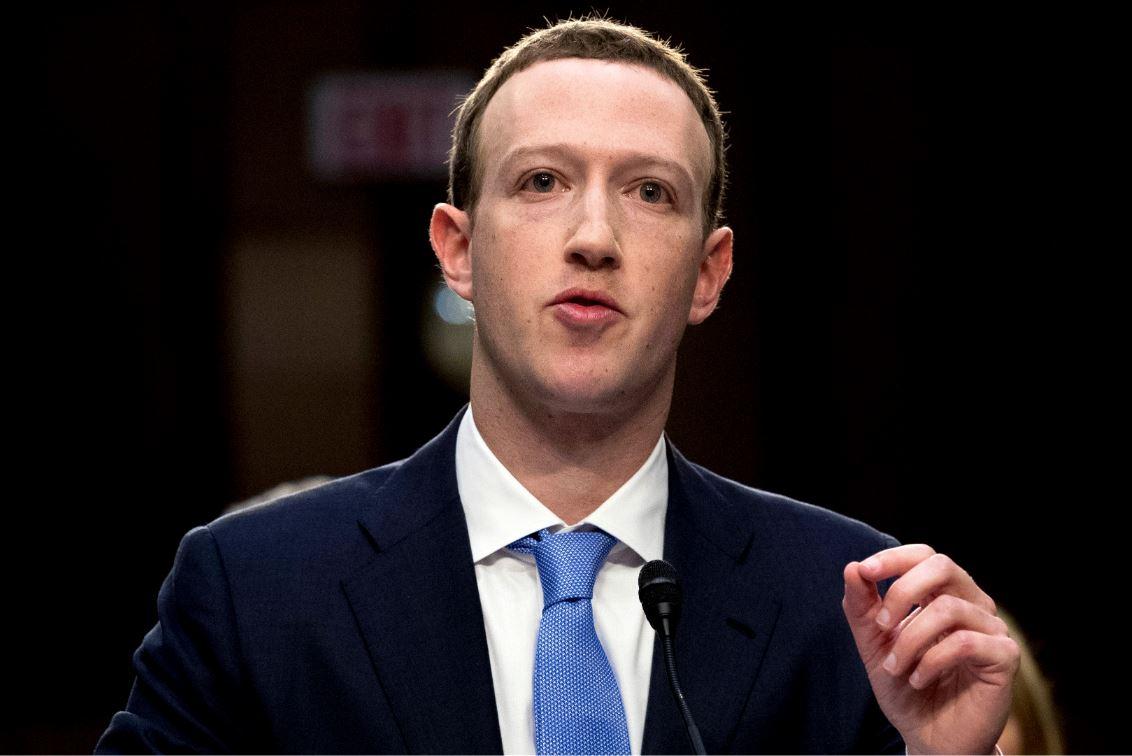 Foto: El fundador y presidente de Facebook, Mark Zuckerberg, escribió una columna respecto a este tema que apareció en varios diarios del mundo, el 31 de marzo de 2019 (AP)