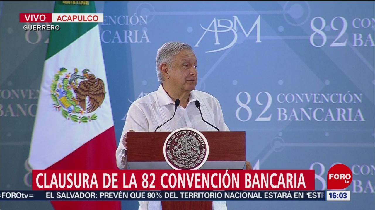 Foto: López Obrador clausura la Convención Bancaria