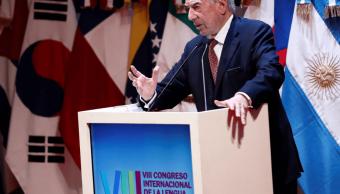 Foto: Mario Vargas Llosa durante Congreso Internacional de la Lengua, 27 de marzo de 2019, Argentina