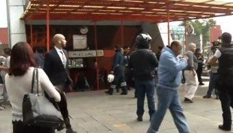 Metro de la CDMX 'se sostiene con alambritos': Directora