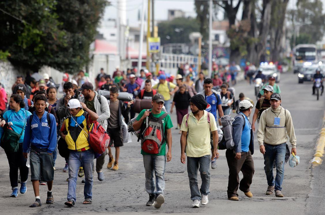 Foto: El grupo de migrantes que permanecía en el albergue partió rumbo a San Luis Potosí, Querétaro, Monterrey y Tijuana, el 23 de marzo de 2019 (Cuartoscuro, archivo)