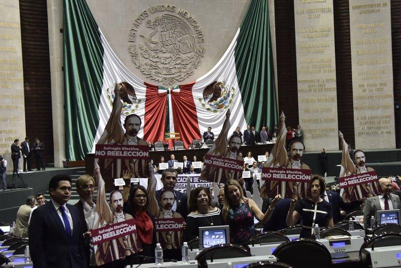 diputados aprueban revocacion del mandato es un paso hacia reeleccion de amlo afirma oposicion