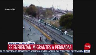 Foto: Se enfrentan migrantes a pedradas en Monterrey, Nuevo León