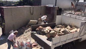Foto: Vuelca camión con cemento sobre Periférico Norte, en Tlalnepantla 26 marzo 2019