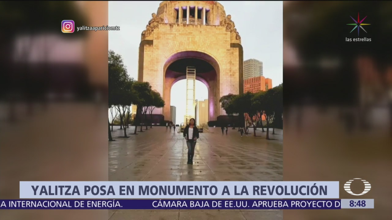 Yalitza Aparicio visita el Monumento a la Revolución, CDMX