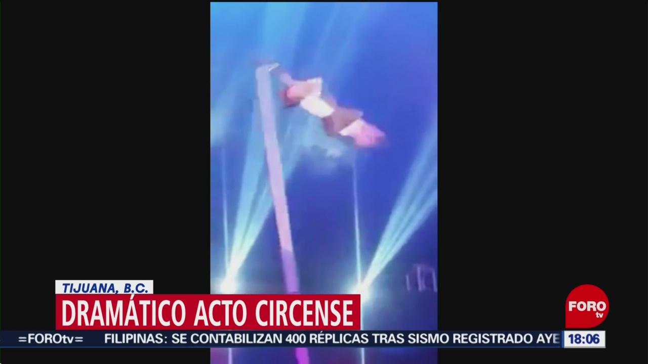 Foto: Acróbata casi muere ahogada durante acto circense