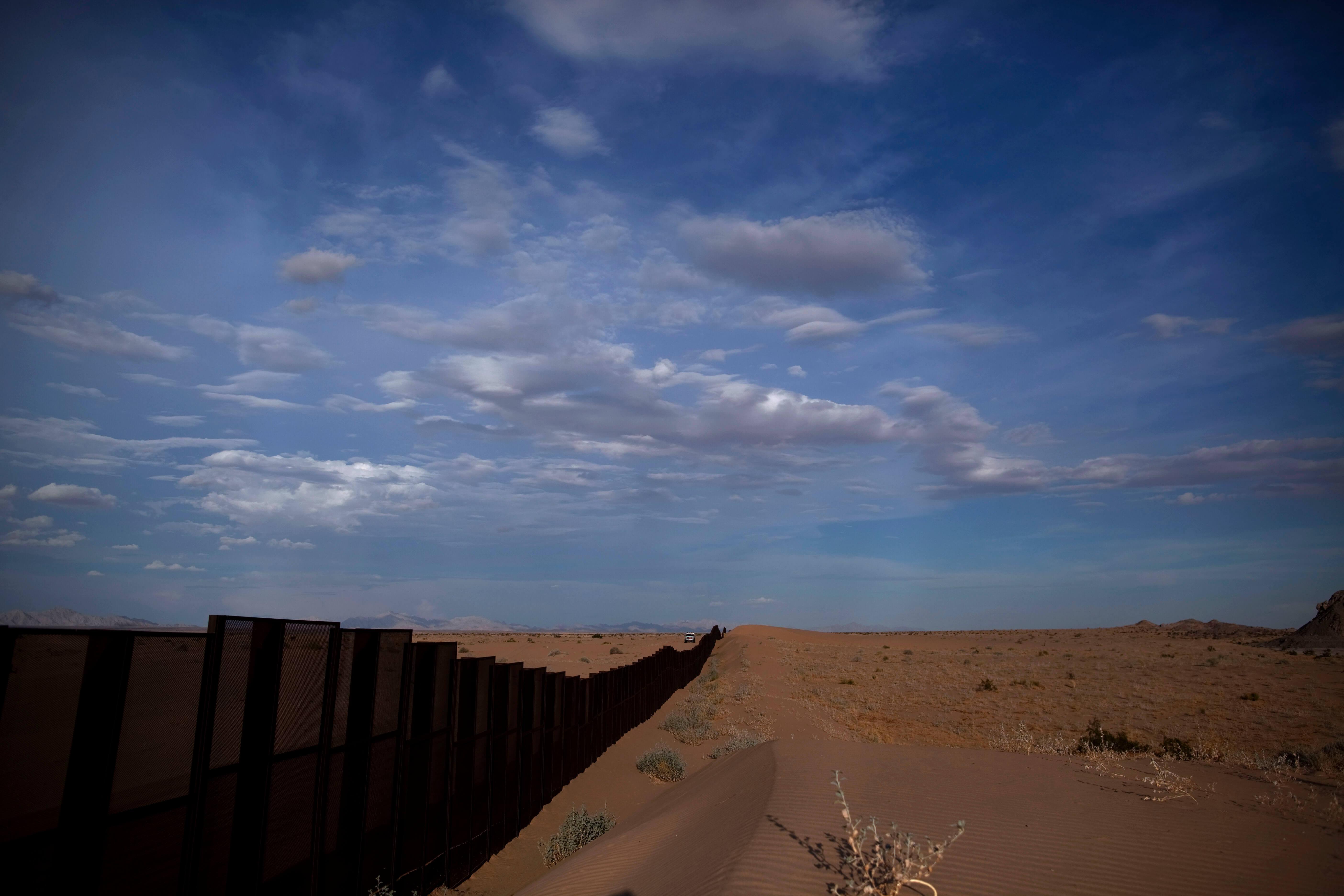 FOTO AMLO se analizará incidente que Trump denuncia en frontera (AP 28 julio 2010)