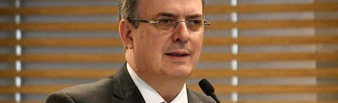 Foto AMLO niega renuncia de Marcelo Ebrard 10 abril 2019