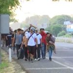 Foto Avanza caravana de migrantes a Huixtla, Chiapas 15 abril 2019