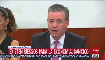 Banxico advierte que persisten riesgos que pueden afectar capacidad de crecimiento