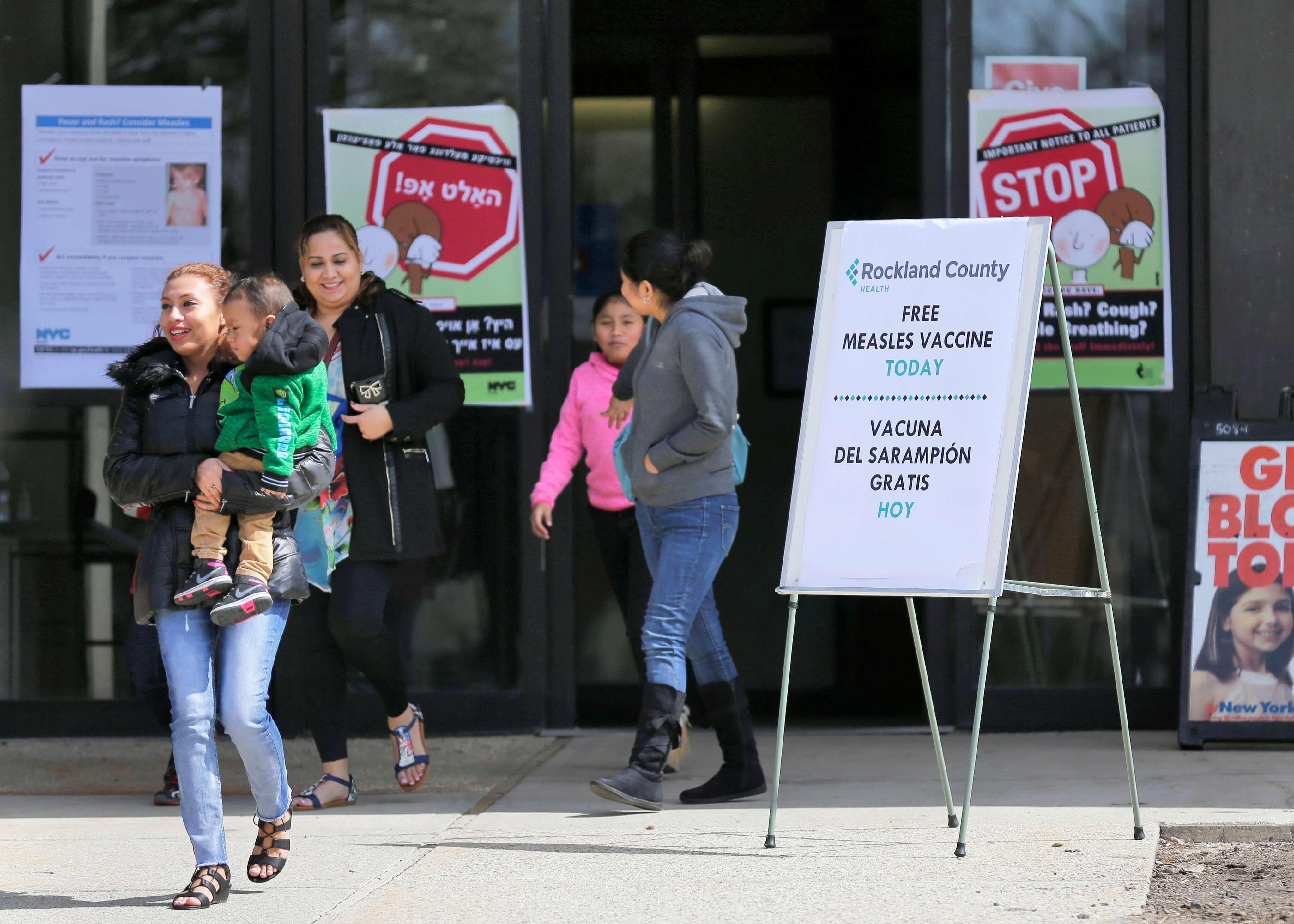 Por sarampión analizan cierre de escuelas en Nueva York
