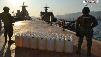 Foto: Marina asegura tres embarcaciones con 2 mil 500 litros de combustible en Acapulco. 8 de abril 2019. (Twitter @SEMAR_mx)
