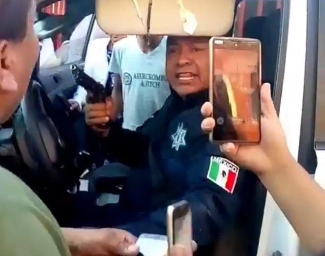 Foto: El policía Octavio 'N' agredió a un ciudadano en el municipio de Xonacatlán, Estado de México