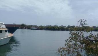 Foto: Buscan a 21 personas que viajan en la embarcación cuando naufragó en el Mar Caribe. El 25 de abril de 2019