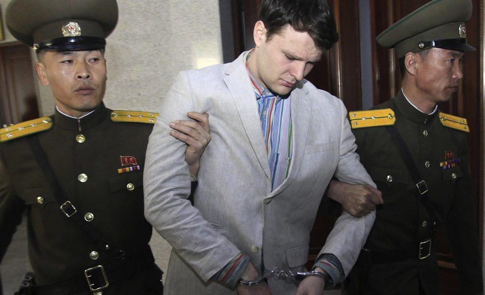 Foto: Otto Warmbier fue detenido y sentenciado a 15 años de trabajos forzados por robar un cartel propagandístico en Corea del Norte, El 16 de marzo de 2016