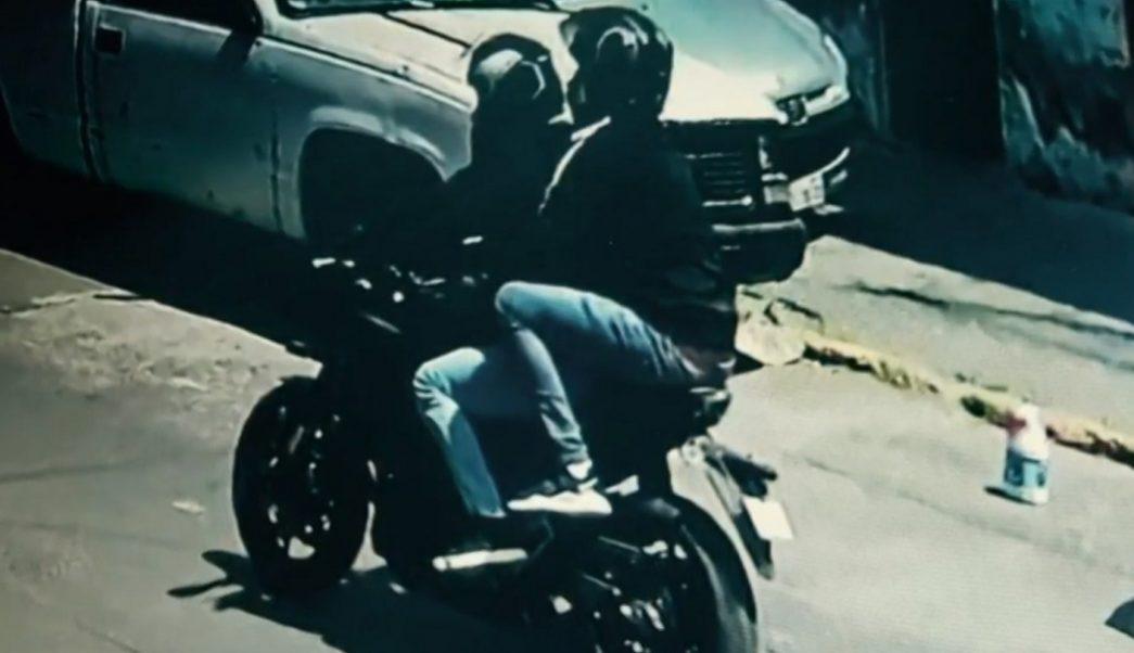 Caen dos asaltantes que persiguieron a un ecuatoriano desde el AICM