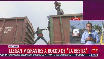 """FOTO: Llegan migrantes a bordo de """"La Bestia"""" a Ixtepec, Oaxaca, 27 ABRIL 2019"""